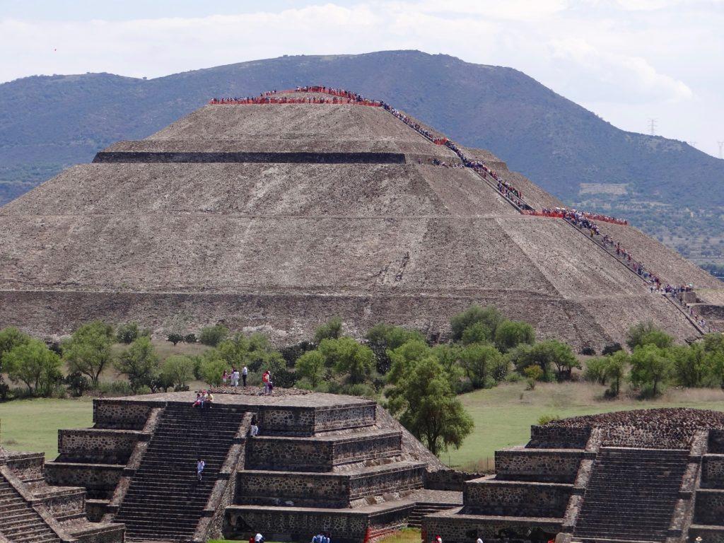 Pirámide del Sol (La Pyramide du Soleil) de Teotihuacan Mexique