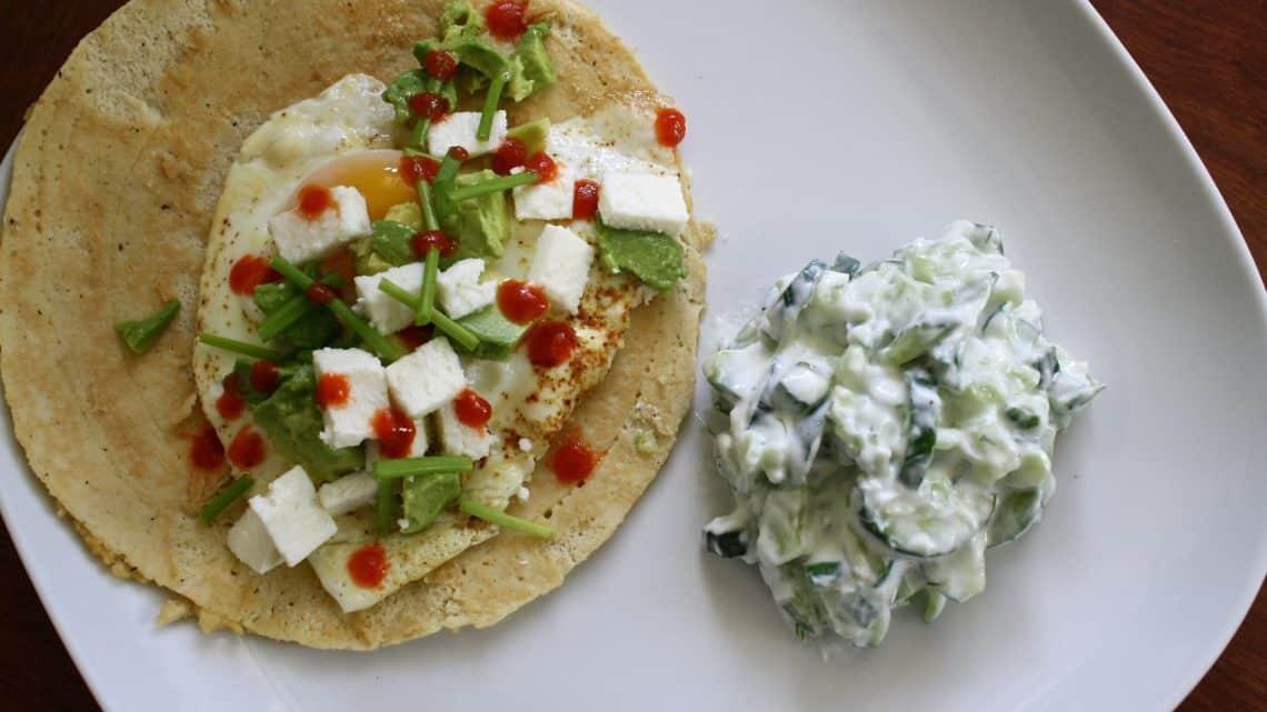 Petit-déjeuner traditionnel mexicain   Huevos rancheros