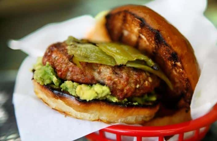 Burger au porc et au chorizo au Chili