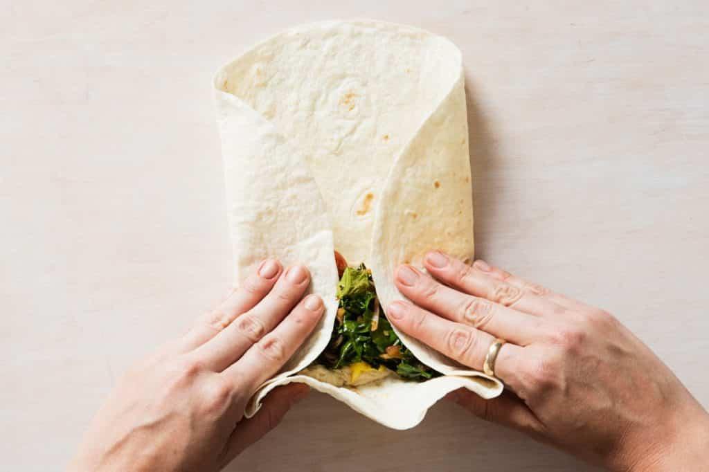 Etape 3 - comment plier son tacos mexicain