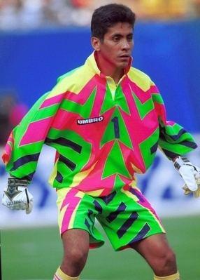 Jorge Campos, le gardien de but aux maillots fluos