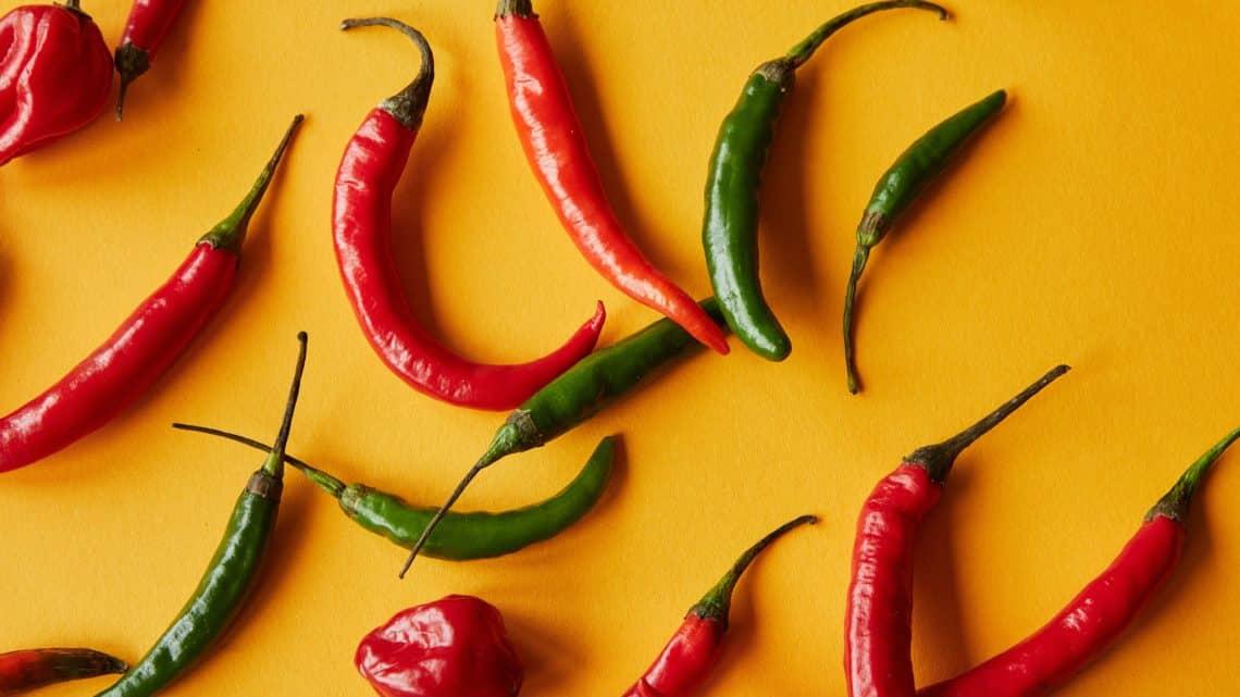 Piment jalapeño rouge et vert