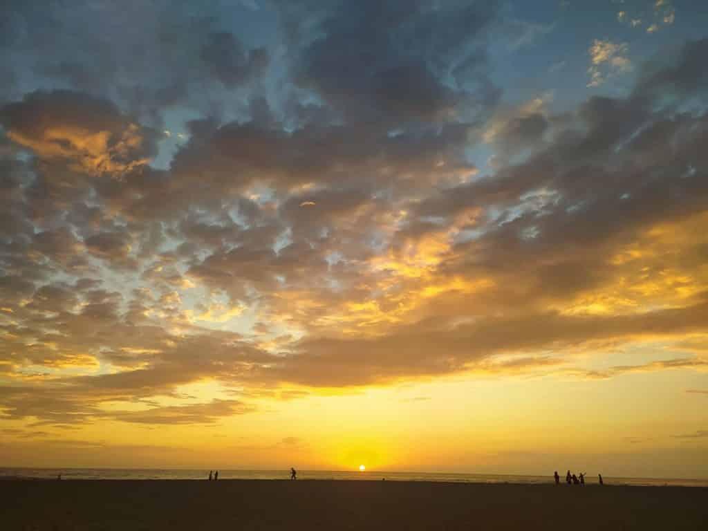 Coucher de soleil à Playa Zicatela