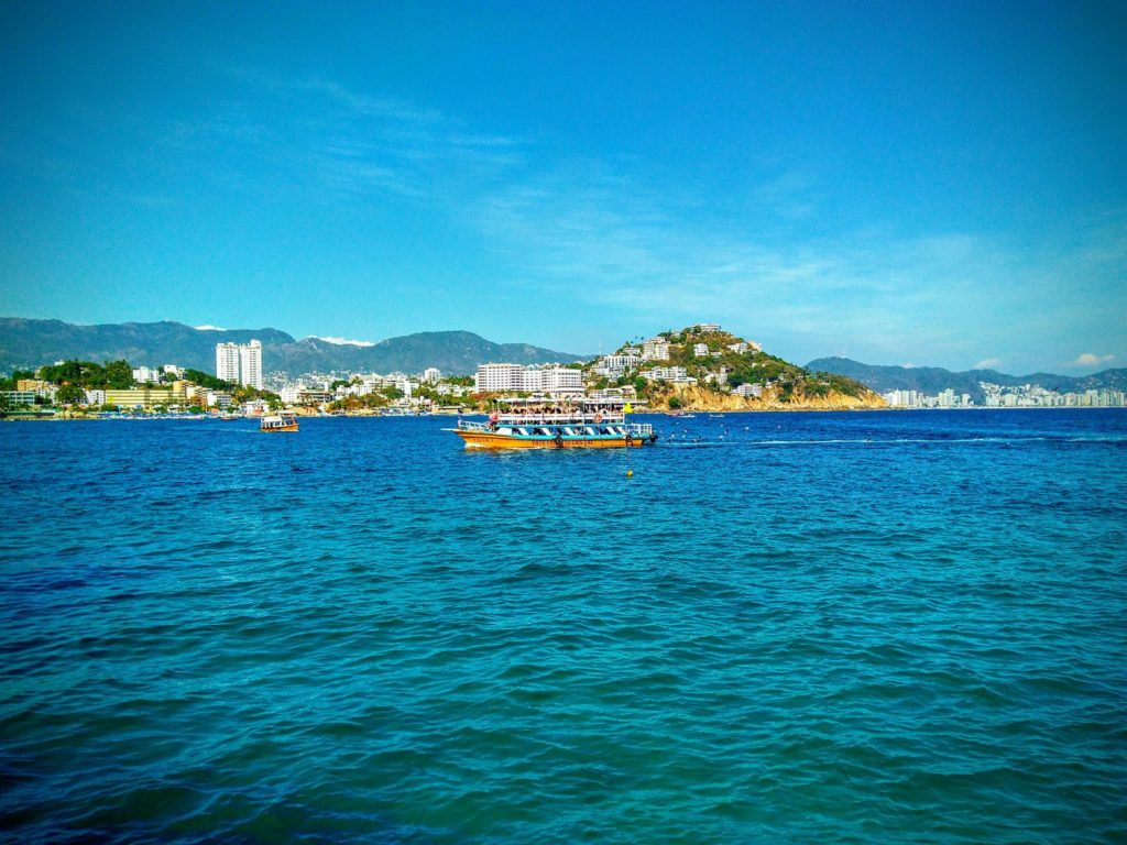 Playa Caleta y Playa Caletilla