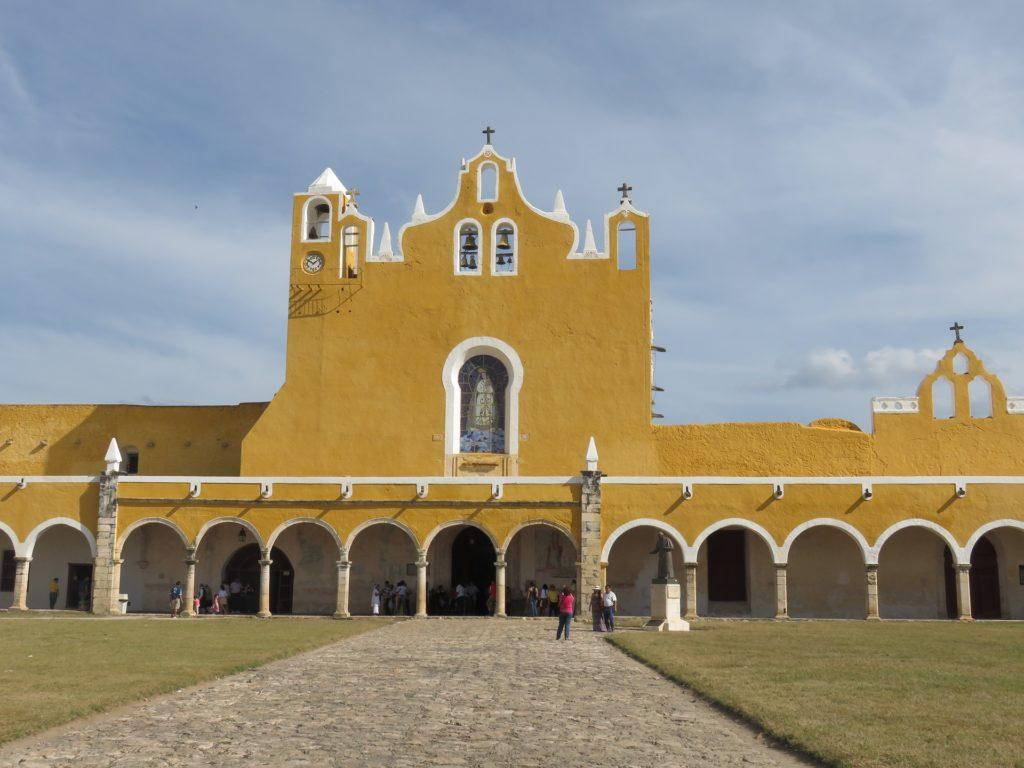 Temple vierge Notre-Dame d'Izamal