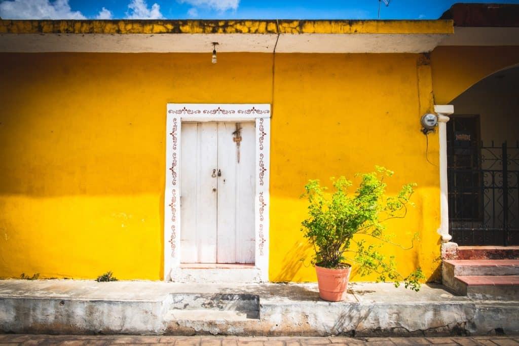 Origine de Izamal Yucatan Mexique, ville jaune