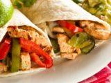 Fajitas mexicaines | Recette traditionnelle | au poulet et poivrons
