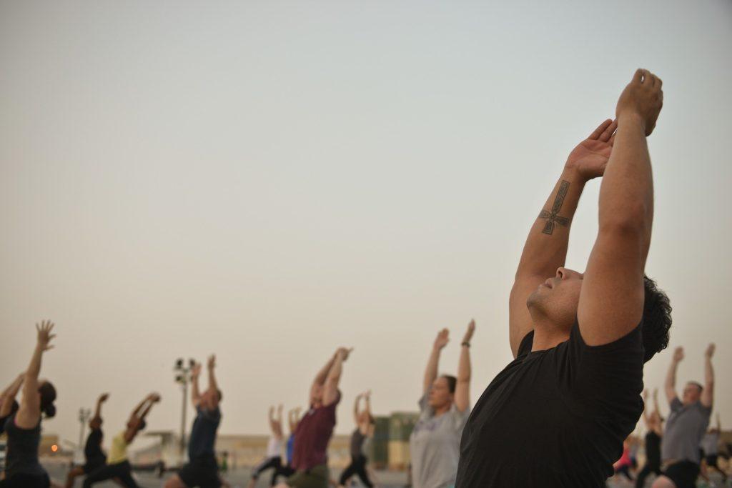 Vacances de yoga sur la plage au Mexique