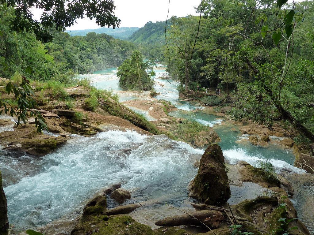 Chutes d'eau d'Agua Azul au Chiapas au Mexique