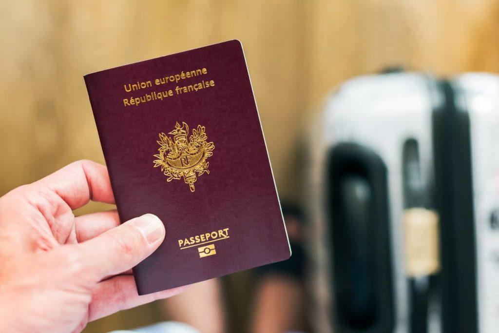 passeport obligatoire voyage