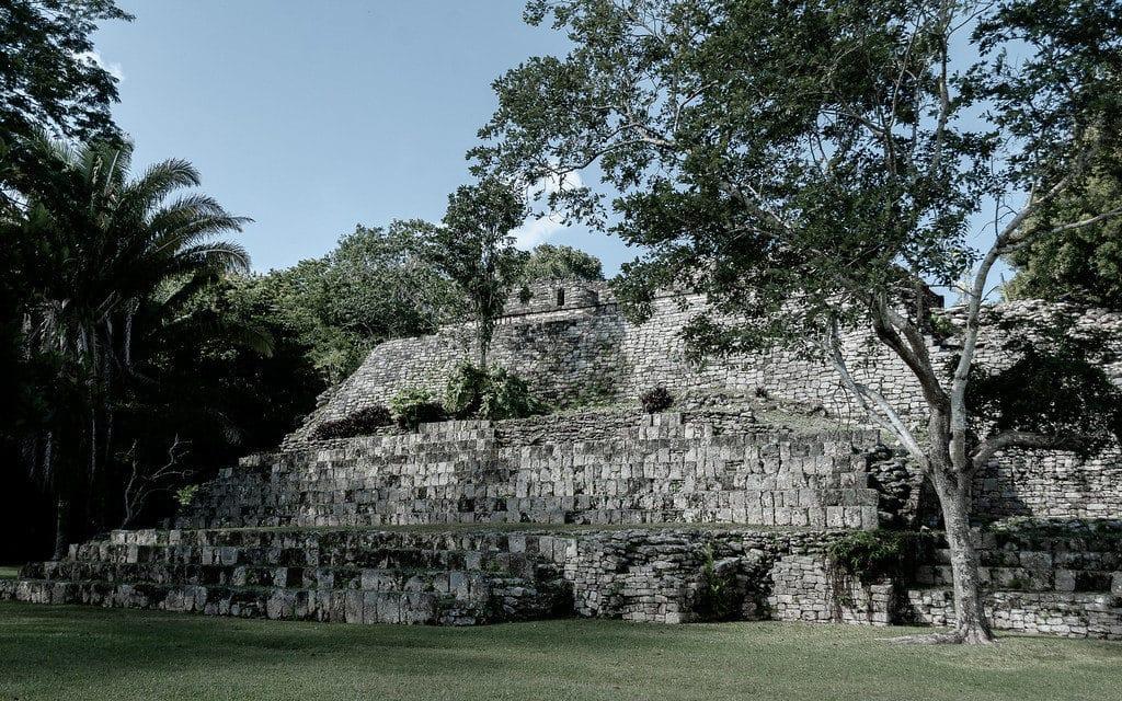 Kohunlich site archéologique Chetumal Mexique